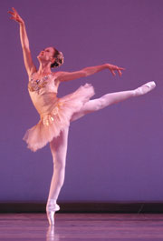 Guest artist Kristi Capps of Cincinnati Ballet will dance the role of Swanilda in 2008.